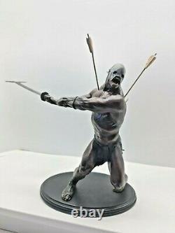 Lord of the Rings Uruk-kai Berserker Polystone Statue Sideshow Weta