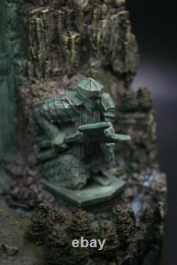 NEW The Lord of The Rings Hobbit Lonely Mountain Door Resin Statue Figure Anime