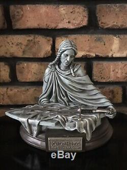 SHARDS OF NARSIL UC1296MIN United Cutlery 2003 Lord of the Rings Mini Statue