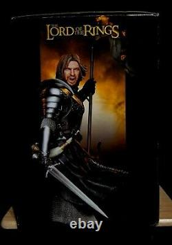 Sideshow Collectibles The Lord of the Rings Boromir Exclusive Statue