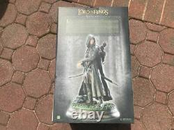 Sideshow Lord Of The Rings Aragorn As Strider Polystone Statue 2/1000 LOTR