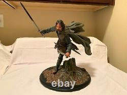 Weta Aragorn at Amon Hen Statue Lord of The Rings Weta Workshop Collectible