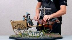 Weta Lord of the Rings MASTERS COLLECTION Gandalf & Frodo Cart Statue 122/350
